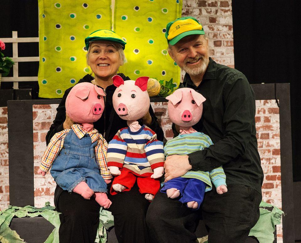 Hagematiné på Venstøp! De tre små griser